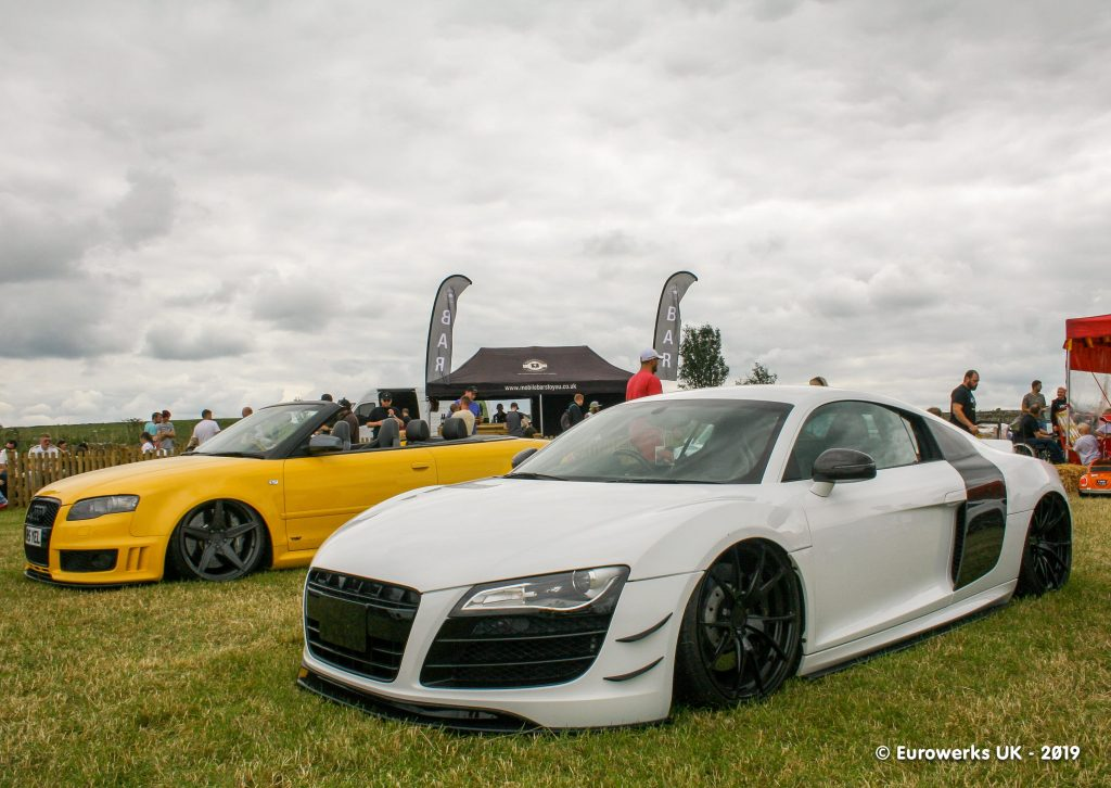Audi R8 White and Yellow RS4 Cabriolet