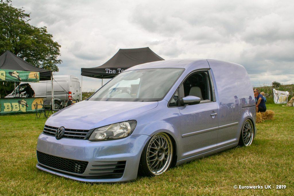 Flip Paint VW Caddy