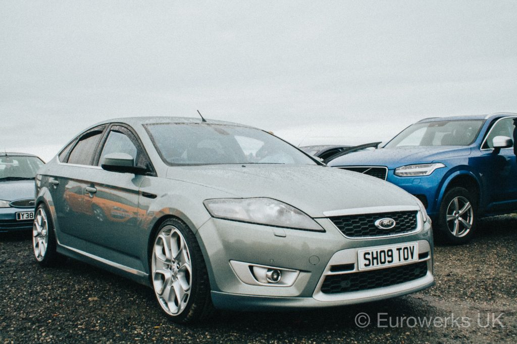 Cars and Coffee October Ford Mondeo