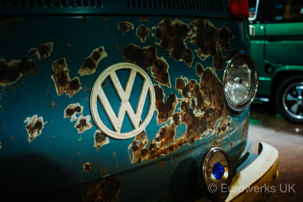 VW Bay Dubfreeze patina