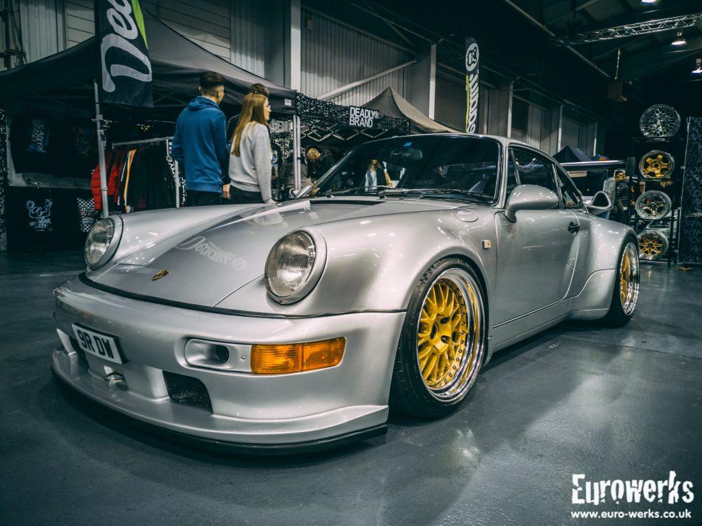 Ultimate Dubs 2020 Porsche 964 Turbo Driftworks Gold Wheels RWB